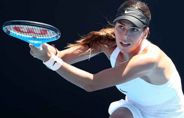 Tomljanovic wins through in Istanbul