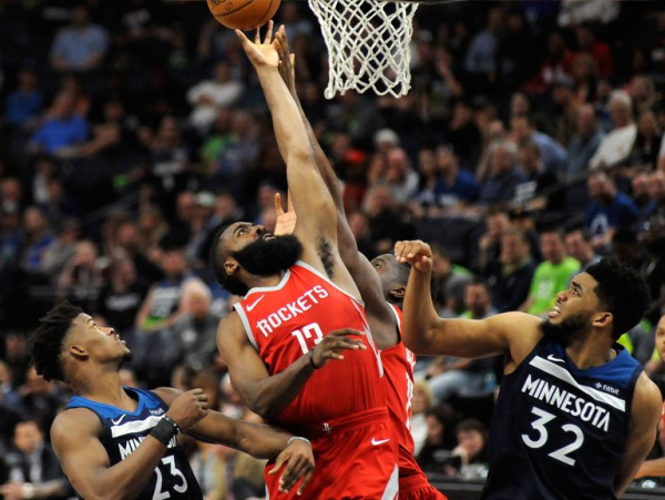 N.B.A. Roundup: With 50-Point Quarter, Rockets Rout the Timberwolves