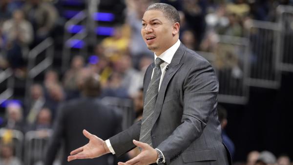 Tyronn Lue doesn't hold back with retort to heckling Pacers' fan