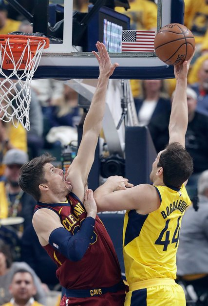 Pacers Rally to Take a Series Lead Over the Cavaliers