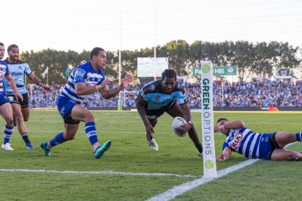 Sharks make it five in a row as Dragons burn the Raiders