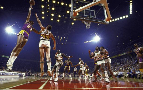 This Day In Lakers History: L.A. Eliminates Nuggets Behind 44-Point Win, Sends Message To Celtics For 1985 NBA Finals