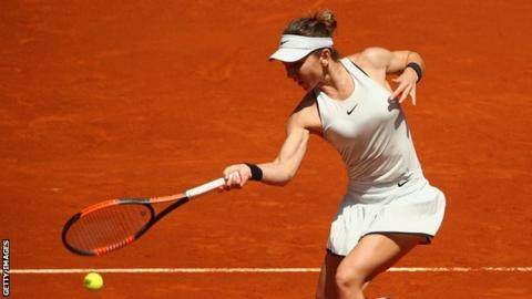 Italian Open: World number one Simona Halep eases past Naomi Osaka in Rome