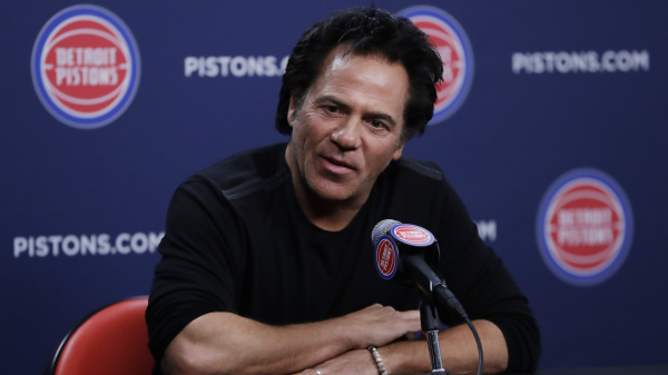 Pistons hire Ed Stefanski to advise owner on searches for general manager and coach, with Dwane Casey reportedly top target