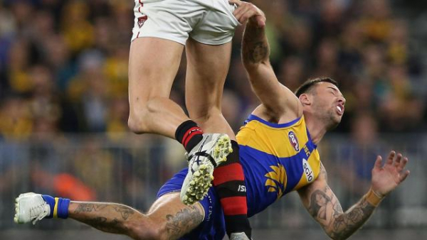 'Weak-kneed performance': Eagles whacked for lacklustre half that only yielded one goal