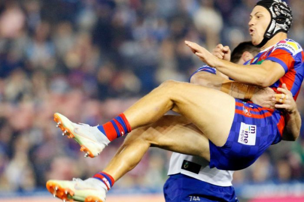 Knights lose Ponga to injury in heavy Bulldogs loss, Raiders cough up half time lead
