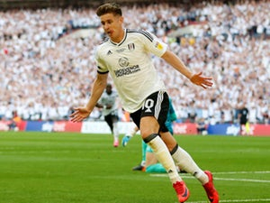 Fulham 'turn down West Ham United's £20m bid for Tom Cairney'