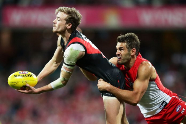 Gleeson signs on with Essendon