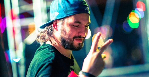 Steve Angello debuts ethereal ID, tells fans Swedish House Mafia 'loves them' at Ultra Europe [Watch]