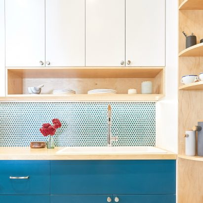Handwerk outfits Fifth Avenue Kitchen in Harlem with clever storage solutions