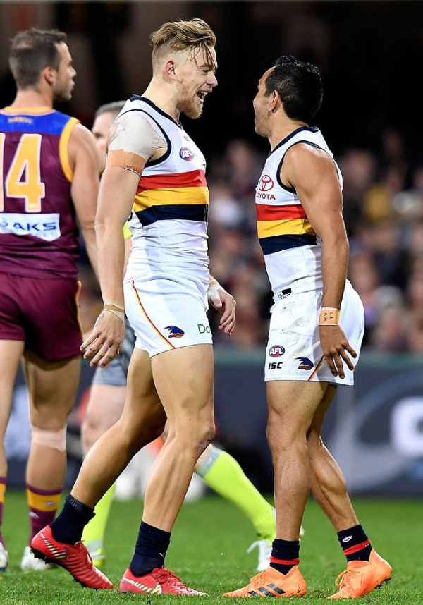 Signs are pointing to Crows on the up
