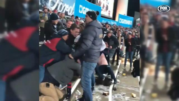 Wild brawl erupts after Geelong sinks Melbourne after the siren at GMHBA Stadium