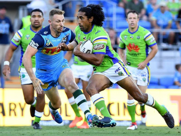 Soliola to remain in  nation's capital after new Raiders deal