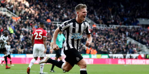 Stoke keen to finalise deal with Newcastle for midfielder