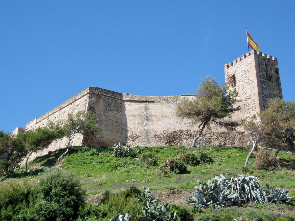 Techno party in Spanish castle fleshes out strong underground lineup