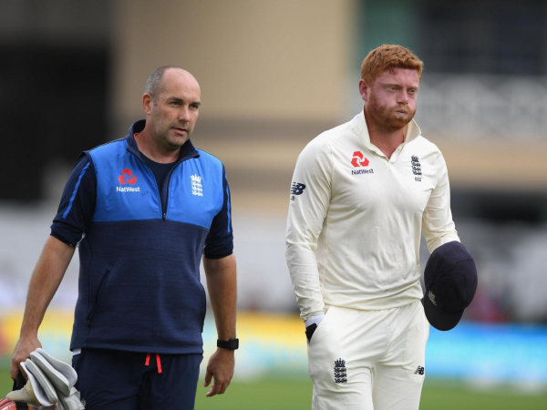 Jonny Bairstow still set to bat for England despite suffering finger fracture