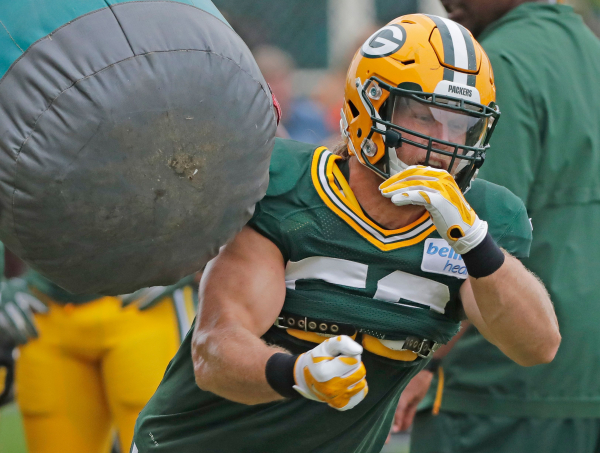 Packers Clay Matthews hoping big year helps him stay in Green Bay