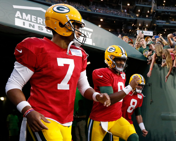 Hundley or Kizer? Winner backs up Rodgers at QB on Packers