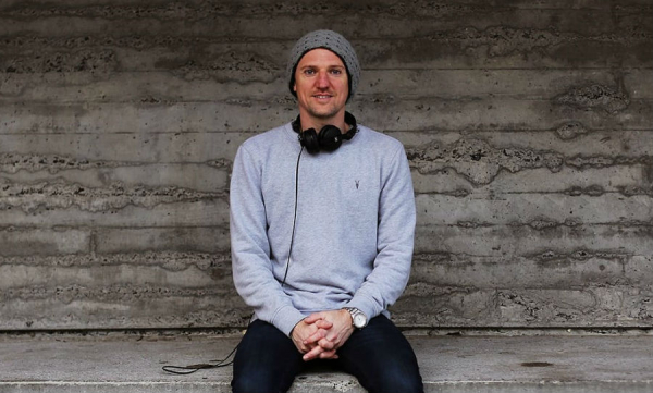 PREMIERE: Mr Andy Reid will infiltrate your mind on his new mix Layers