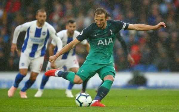 Video: Harry Kane gives Tottenham the lead against Brighton from the spot