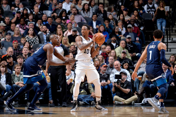 DeMar DeRozan Makes Spurs Debut After 'Extremely Long Summer'