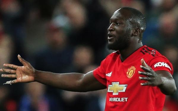 'Disrespectful' Romelu Lukaku slammed by Man Utd hero after contentious comments