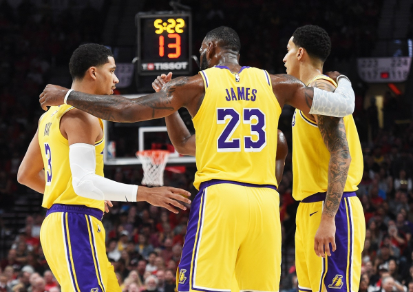 Reacting to LeBron James' Lakers debut, supporting cast and more