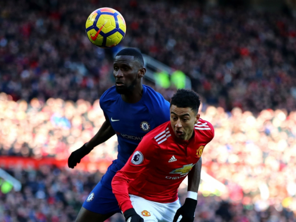 Video: Chelsea vs Manchester United - head to head