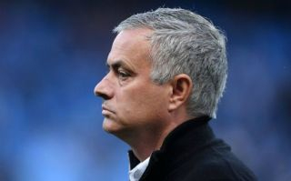 Jose Mourinho given daunting message by Manchester United legend after Manchester City defeat