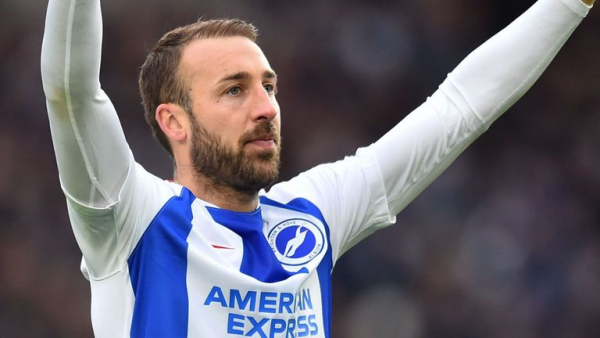 Murray signs one-year Brighton extension