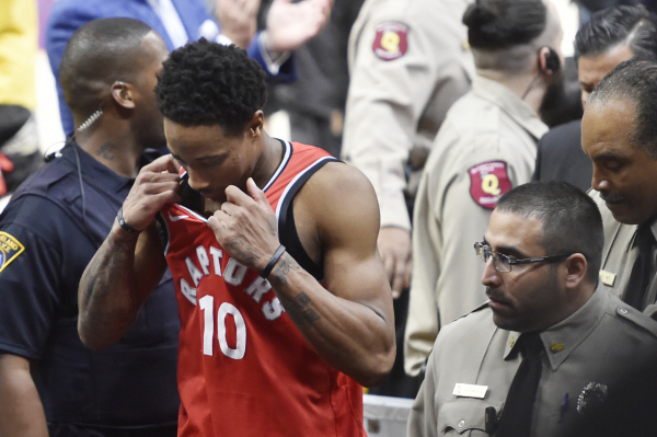 DeMar DeRozan found out Raptors traded him while at Jack in the Box