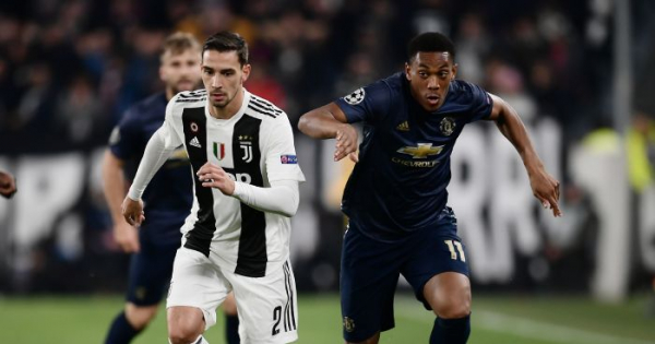 Report: United ready to offer Martial bumper £45m deal
