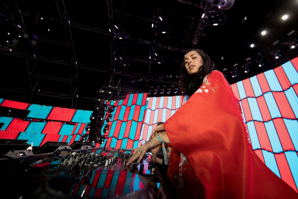 Anna Lunoe shines light on the scene's latest club stompers with new HYPERHOUSE Livestream series
