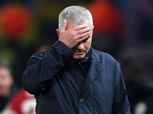 Former Man Utd star tells 'raging' Mourinho to take a year off