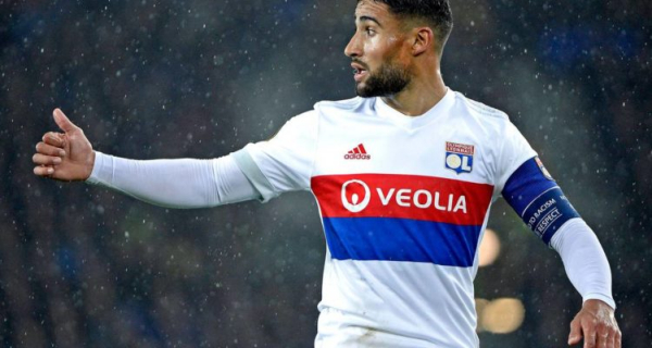 Lyon tell Nabil Fekir to make decision over future by the New Year