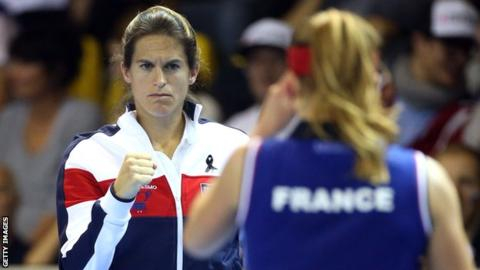 Amelie Mauresmo withdraws as France Davis Cup captain to coach Lucas Pouille