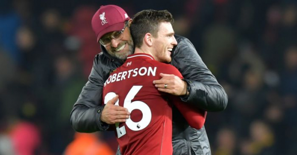 Robertson backs Liverpool to take title fight to the end