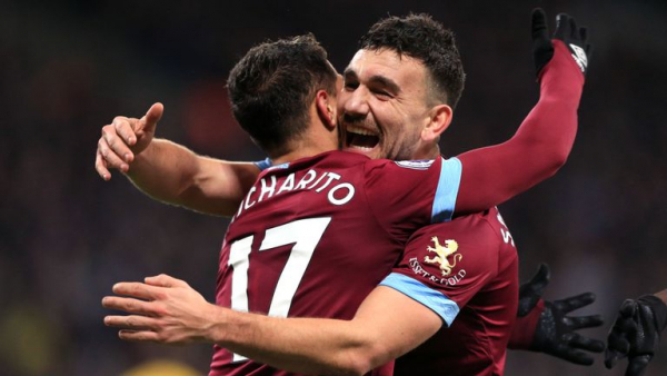 West Ham edge Palace in thriller