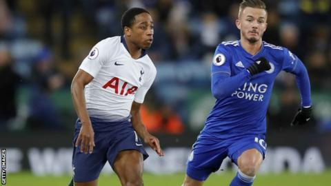 Kyle Walker-Peters signs Tottenham contract extension