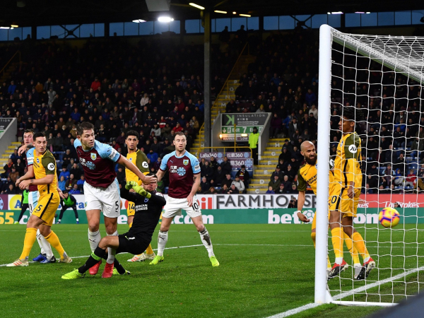 James Tarkowskis moment of opportunism hauls Burnley out of the bottom three with win over Brighton