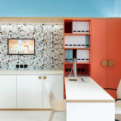Ater Architects creates a friendly interior for a children's clinic in Kiev