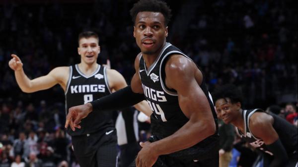 Watch Buddy Hield's game-winning three lift Kings past Pistons