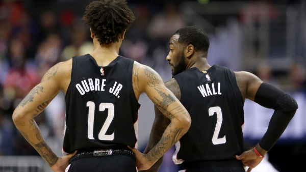 Kelly Oubre misses two FTs as Pacers fans chant 'John Wall hates you' (VIDEO)