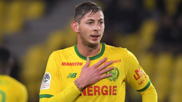 Cardiff complete Sala signing