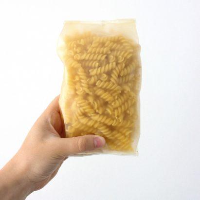 Margarita Follert develops algae-based alternative to single-use plastic packaging