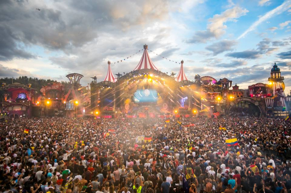 Tomorrowland unveils 2019 roster of stage hosts, featuring Carl Cox, Dirtybird, Charlotte de Witte, and more
