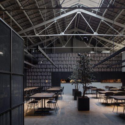 Francesc Rifé Studio sticks to dark tones for Valencia's Merkato restaurant