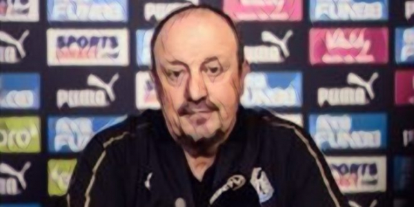 Benitez: It's a waste of energy to talk about Newcastle transfers or takeover