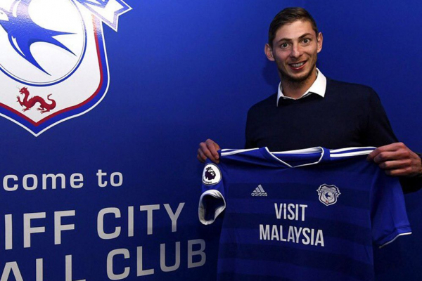 Emiliano Sala feared dead: desperate hunt for missing plane with Cardiff Citys new £15m striker on board