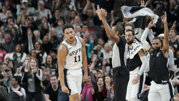 How Spurs' Bryn Forbes went from afterthought recruit to NBA starter